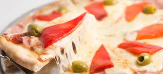 Las pizzerías porteñas buscan una respuesta a la crisis