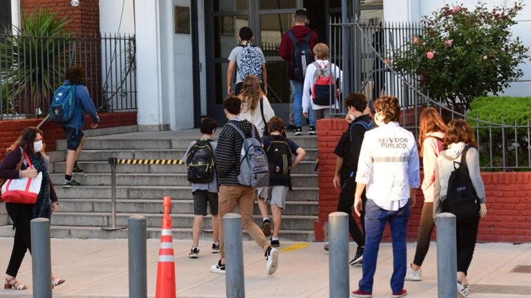 CABA: Confirman otros 18 casos en el colegio ORT, que ya suma 61 contagios